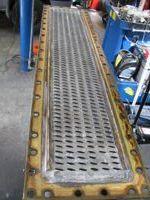 Oprava chladiče stavební stroj 1.jpg